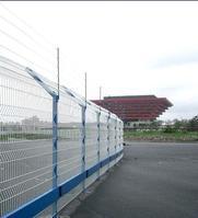 供应上海出口护栏网