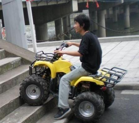 供应山东沙滩车越野摩托车跑车卡丁车