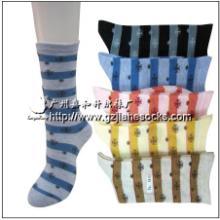 供应彩色条纹纯棉短筒女袜订做加工