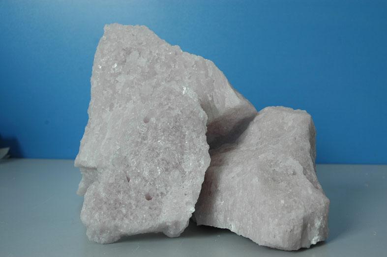 供应电熔镁铝尖晶石段砂0-1电熔镁铝尖晶石段砂01