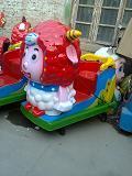 桂林3D互动游戏画屏摇摇车图片