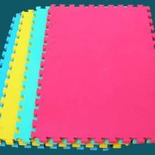 供应EVA泡沫地垫幼儿园安全地垫幼儿园专用地垫儿童拼图地垫批发批发