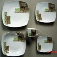 方形20头白瓷烤花餐具套装图片