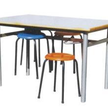 餐桌餐椅批发/餐桌餐椅生产厂家/食堂餐桌椅订做/军凯