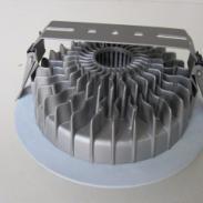 led6寸压铸铝带散热片筒灯外壳图片