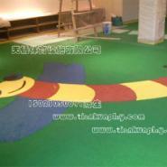 供应重庆安全地垫种类,幼儿园EPDM彩色安全地垫,石柱县安全地垫铺装