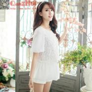 甜美刺绣蕾丝拼接圆领灯笼袖雪纺衫图片