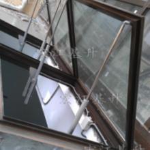 内蒙地区供应电动采光排烟天窗,一字型电动采光排烟天窗批发