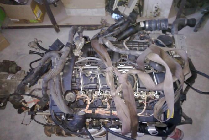 供应宝马X5/3/0发动机总成拆车件