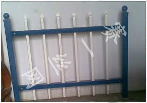 供应花园护栏生产厂家 生产花园护栏网 河南用花园护栏网 花园护栏价格