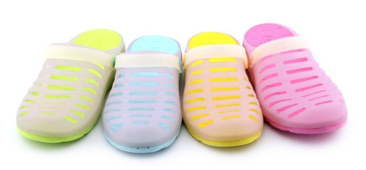 厂家批发订做夏季新款洞洞鞋批发 男士简约时尚大方防滑耐磨糖果