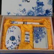 西安青花瓷笔套装u盘印字图片