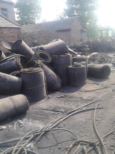 面向回收黑色钢丝油管钢丝胶管销售
