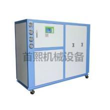 供应冷水机的蒸发器