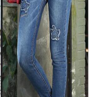 牛仔短裤图片