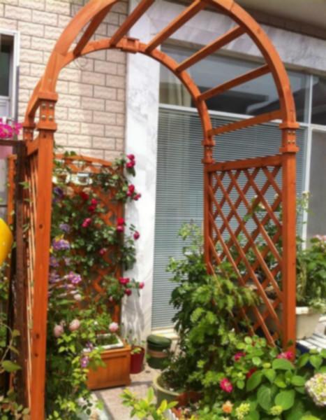 供应上海碳化木拱门价格,防腐木拱门制作,防腐木拱门安装