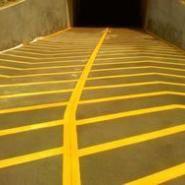 湖州海宁车库坡道专用地坪漆施工价图片