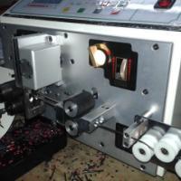 供应厂家直销排线分线自动剥皮扭线机