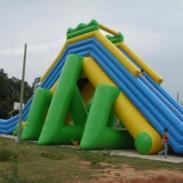 大型支架水池户外儿童加厚充气滑梯图片