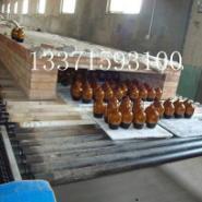 陶瓷酒瓶烧成辊道窑炉设备图片