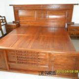 供应榆木实木大床,中式古典家具床衣柜,仿古家具批发中心