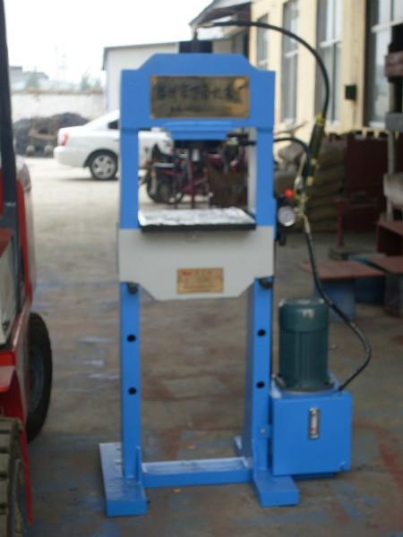 供应20吨龙门压力机 小型龙门压力机 20吨龙门压力机厂家 滕州万合