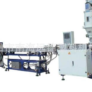 塑料软管挤出机生产设备图片