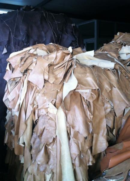 供应安徽大量收购库存皮革,面向全国回收各种皮革,晟丰皮革