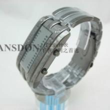 供应手表定制男款钢表正品双日历休闲表复古礼品男女腕表直销