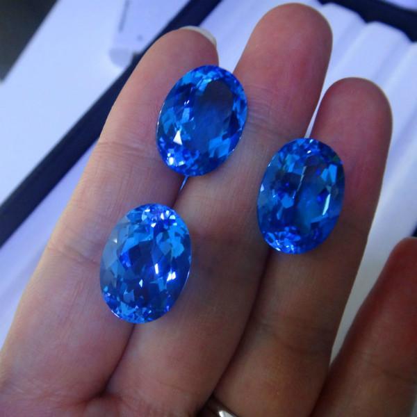 供应用于戒指吊坠的天然托帕石石绚彩珠宝托帕石裸石批
