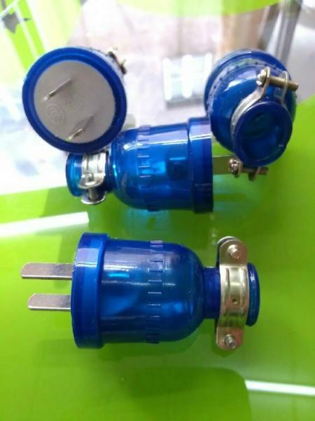 供应揭阳插头厂家批发价格,透明蓝防水二极,三极插头揭阳插头厂家批发