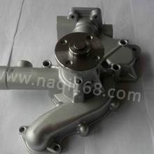 4TNE92发动机配件 叉车水泵