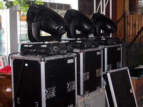 供应舞台设备