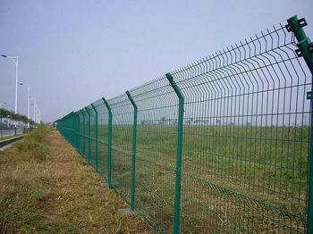 供应新疆双边丝护栏网,新疆双边丝护栏网厂家