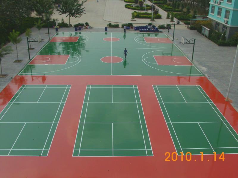 供应东莞篮羽球场油漆施工、学校建一个室外篮球场要多少钱、篮球场喷漆