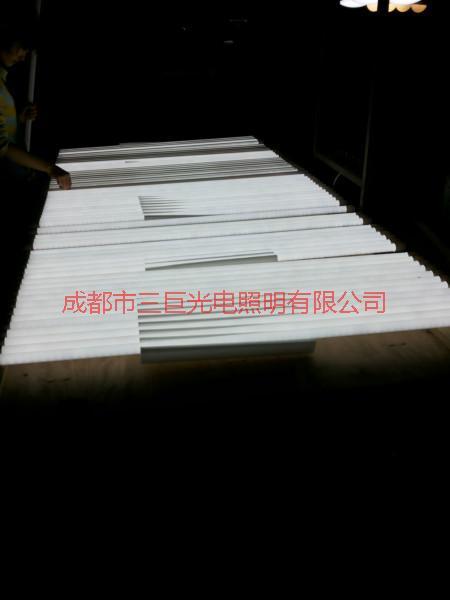 供应LED节能灯管,专业生产LED节能灯管厂家,LED节能灯管价格