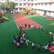 临桂幼儿园EPDM塑胶地板铺设图片