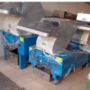 塑料拉花粉碎机可带清洗图片