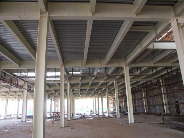 供应钢结构屋架,钢结构屋面,钢结构屋顶,钢结构隔层,钢结构平台