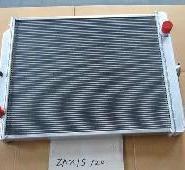 日立120挖掘机液压油散热器图片