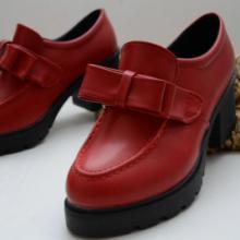 供应韩版新款蝴蝶结粗跟单鞋显瘦大气款