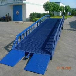 供應登車橋/固定式升降機/移動式升降機登車橋