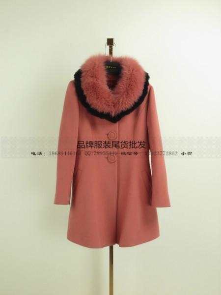 供应慧之芳羊绒品牌女装剪标折扣特价广州胖妞服装批发市场时尚女装批发网