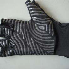 供应用于手套的运动手套布料硅胶印刷logo防滑/手套矽利康防滑加工批发