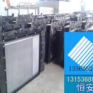 福田雷沃5T装载机散热器图片