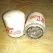 道依茨机油滤清器图片