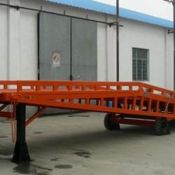 供應移動式登車橋固定式登車橋