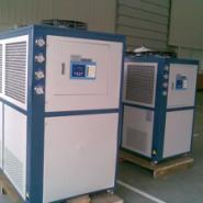 供应水冷工业冷水机,箱式冷水机组,四川制冷设备的生产厂家,冷水机组厂家,大金压缩机,谷轮压缩机,丹佛斯压缩机