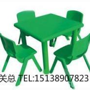 儿童餐桌椅图片