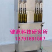 葡萄酒灌装机青岛销售图片